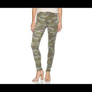 Parker Smith Skinny Ankle Camo pants size 2/26